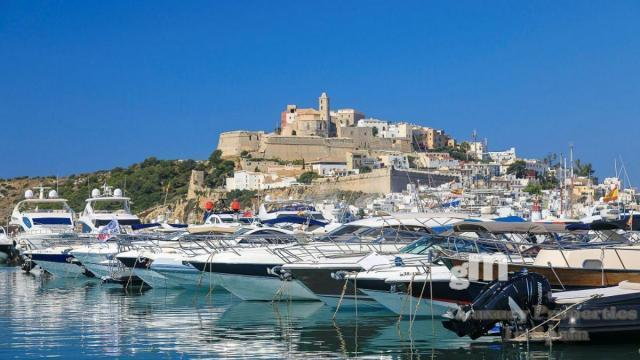 For rent of commercial in Ibiza