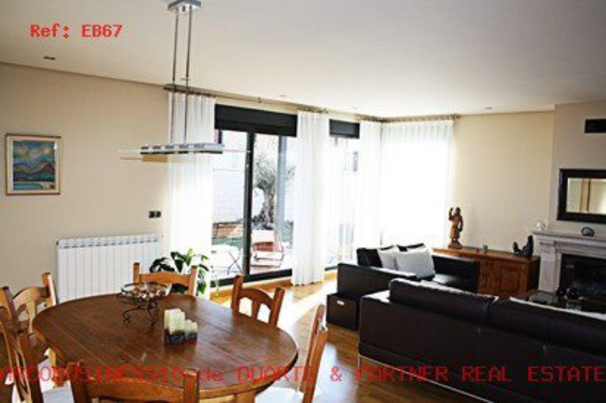 For sale of house in León