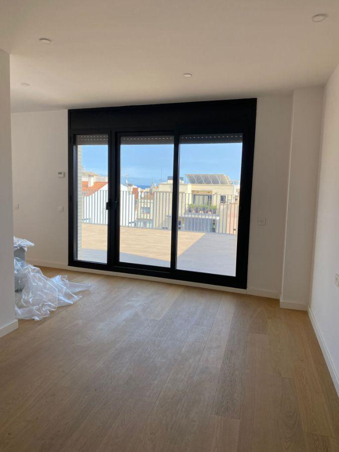 For sale of penthouse in Badalona