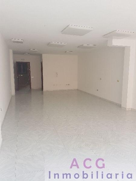 For rent of office in Adeje