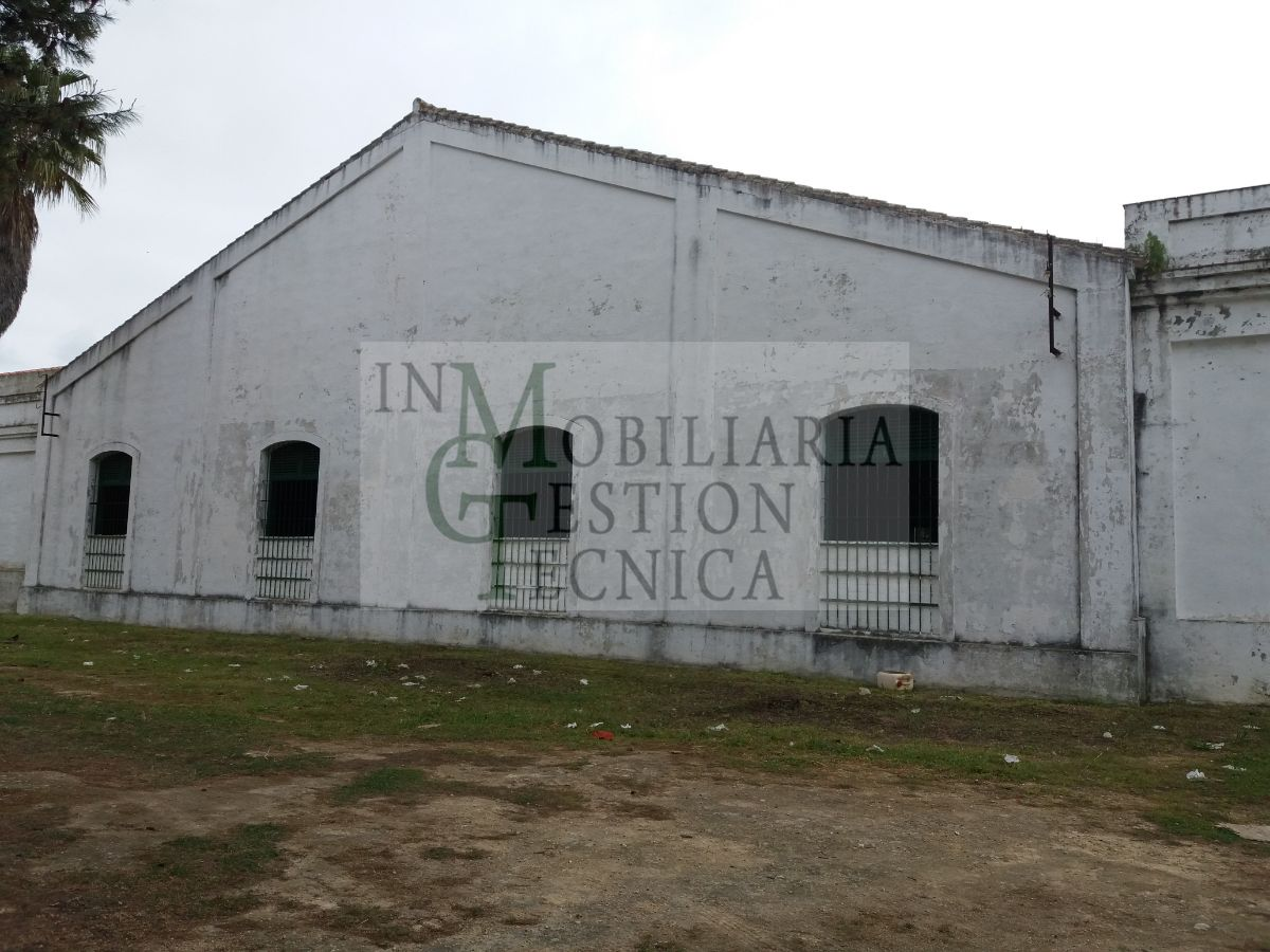 For rent of industrial plant/warehouse in El Puerto de Santa María