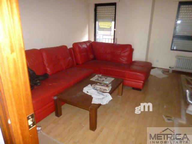 For sale of flat in San Cristóbal de la Cuesta