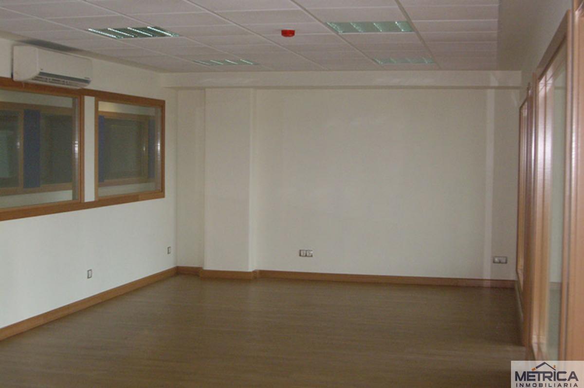 For sale of office in Carbajosa de la Sagrada