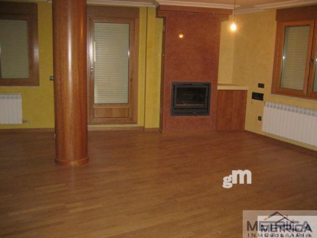 For sale of flat in Aldeaseca de Armuña