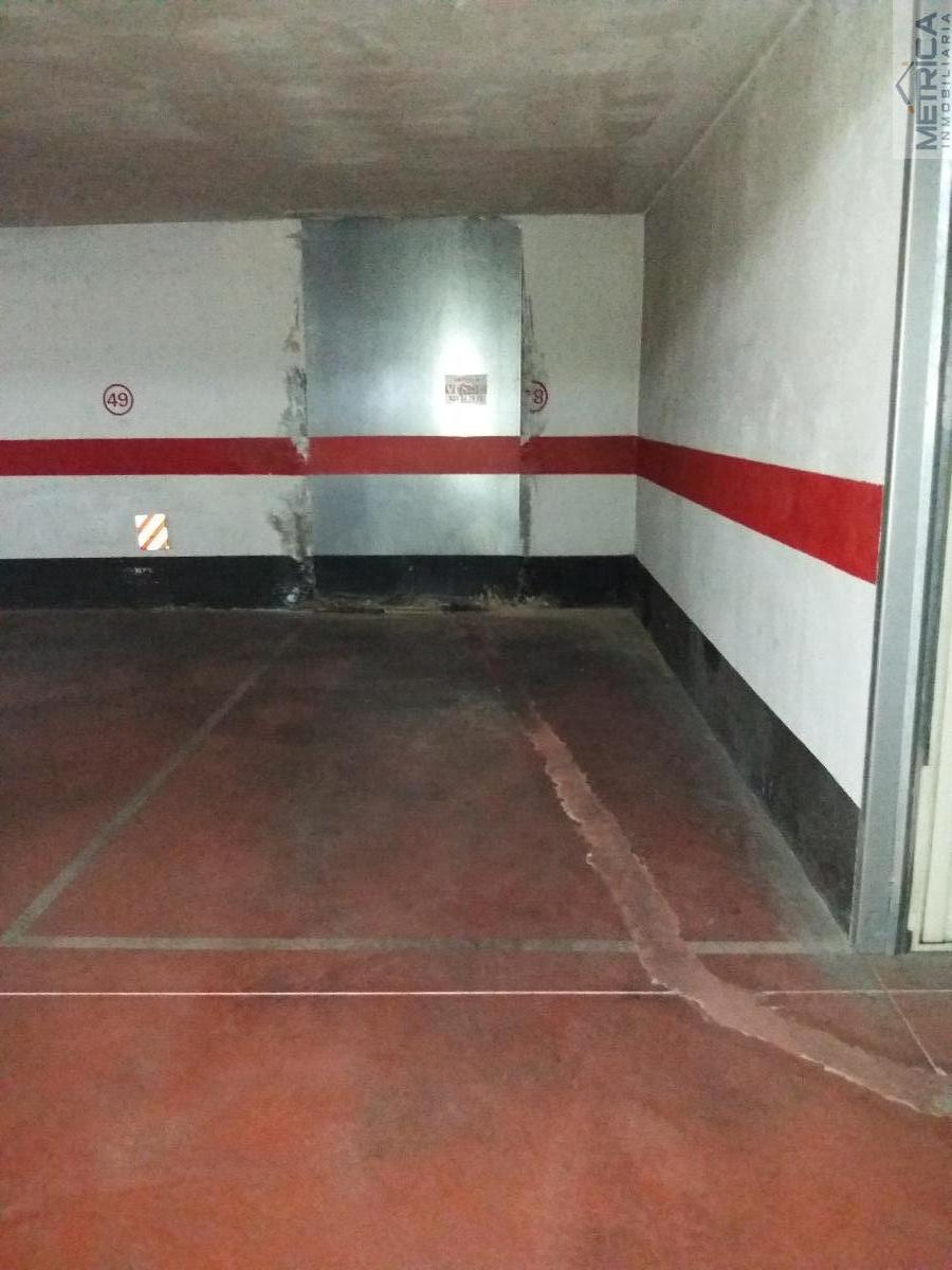 For sale of garage in Salamanca