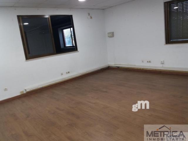 For sale of industrial plant/warehouse in Villares de la Reina