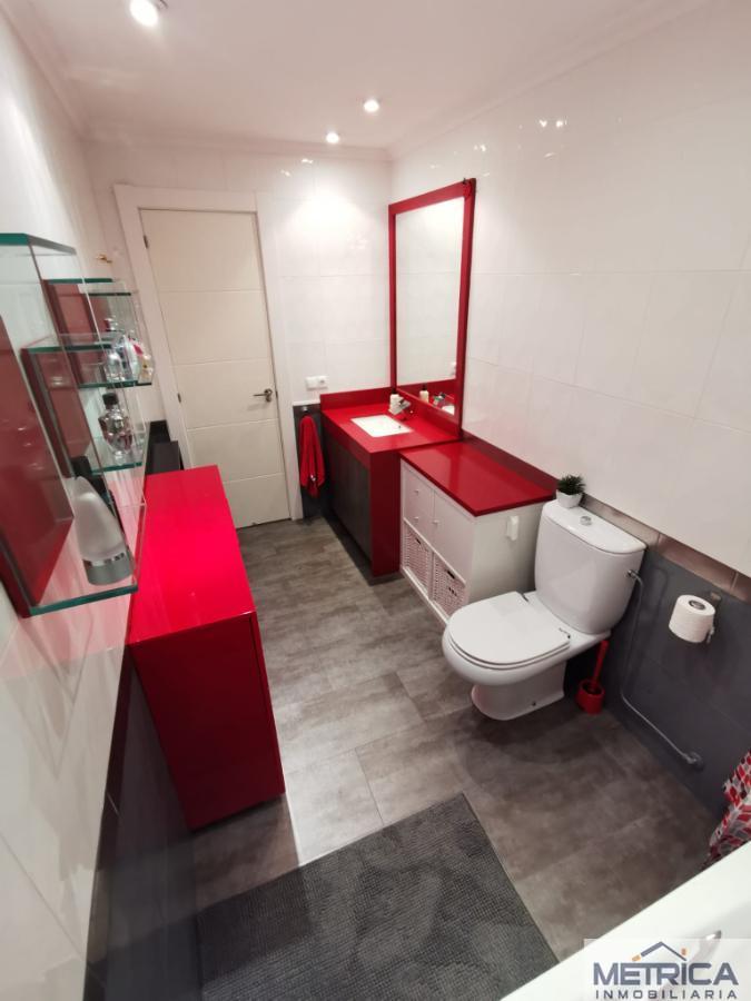 For sale of flat in Villamayor
