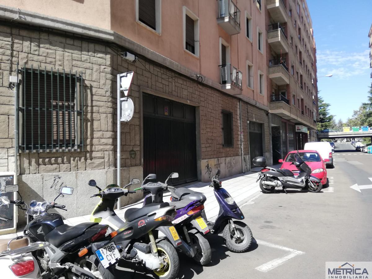 Venta de local comercial en Salamanca