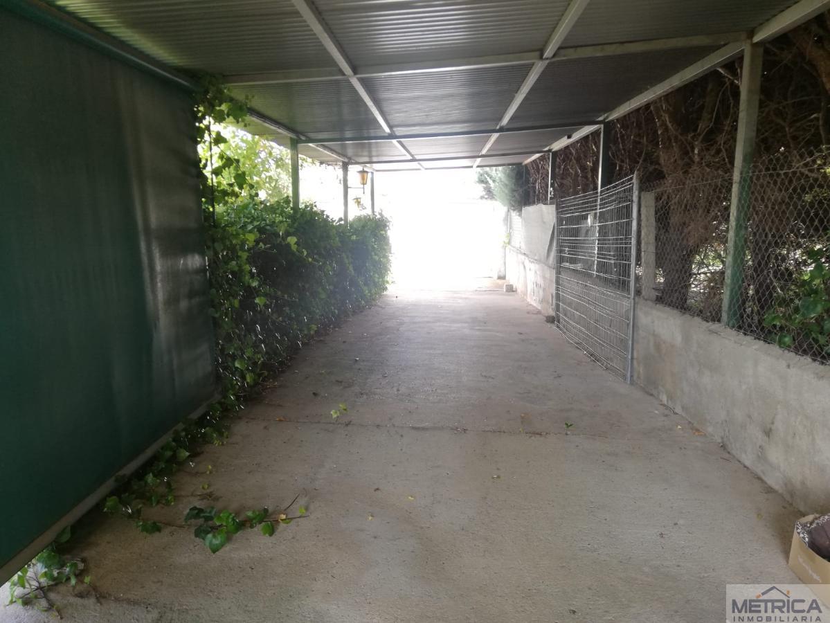 Venta de chalet en Castellanos de Villiquera