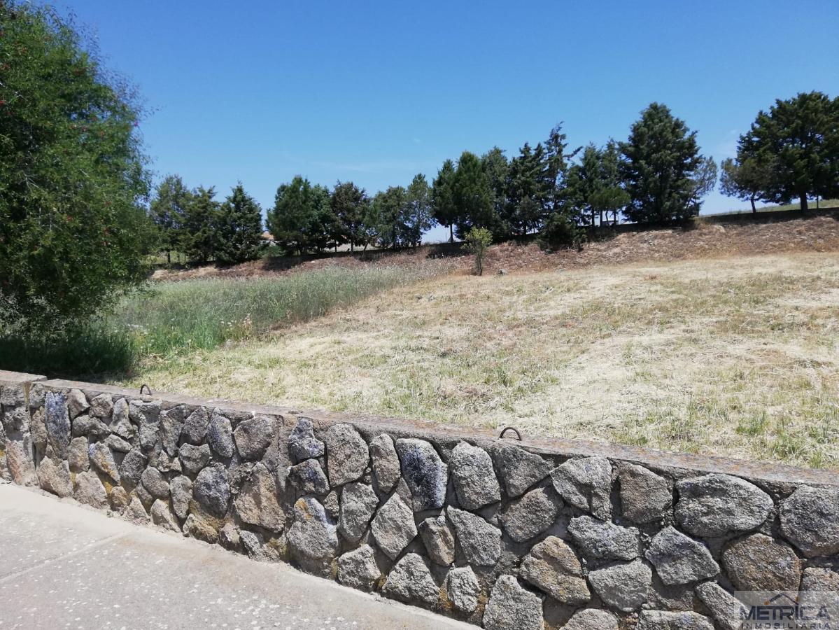 For sale of land in Villamayor