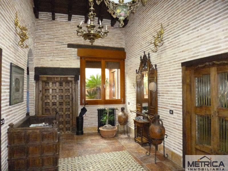 For sale of chalet in Pelabravo