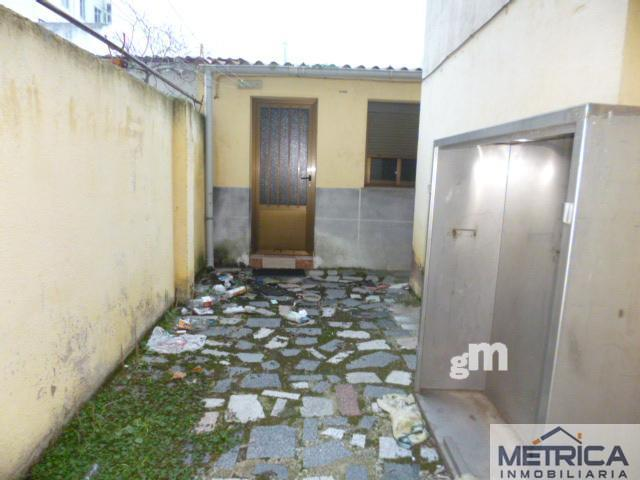 For sale of commercial in Salamanca