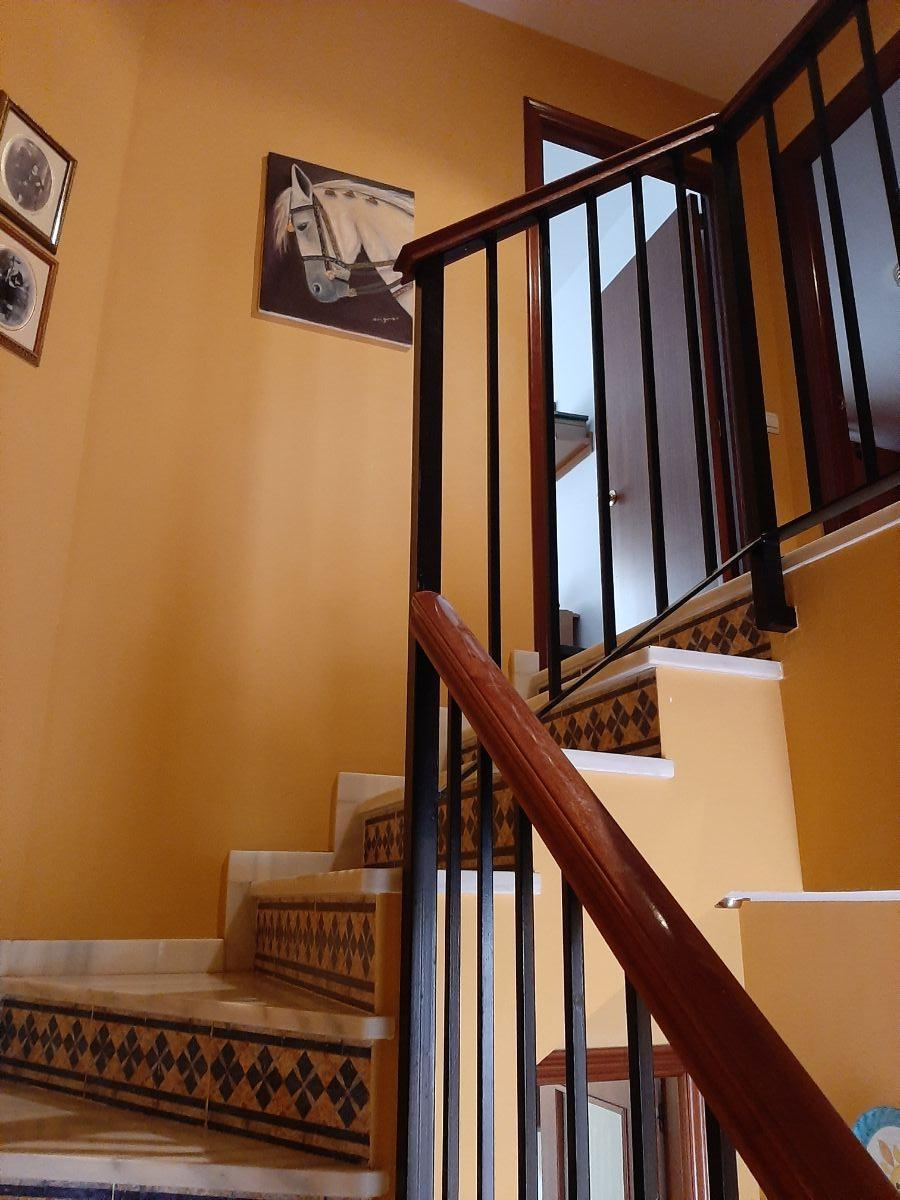 For sale of house in Dos Hermanas
