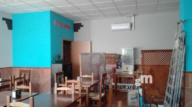 For sale of commercial in Dos Hermanas
