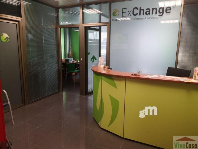 For sale of office in Narón