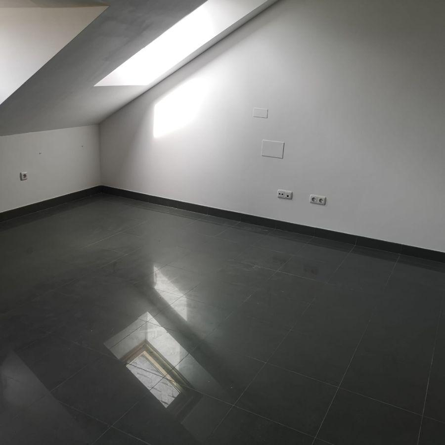 Venta de piso en Narón