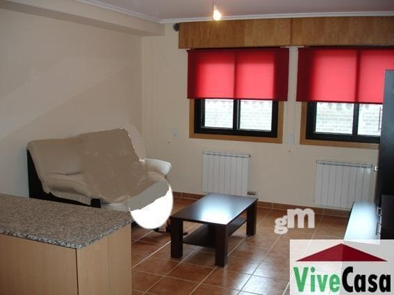 For sale of apartment in Narón