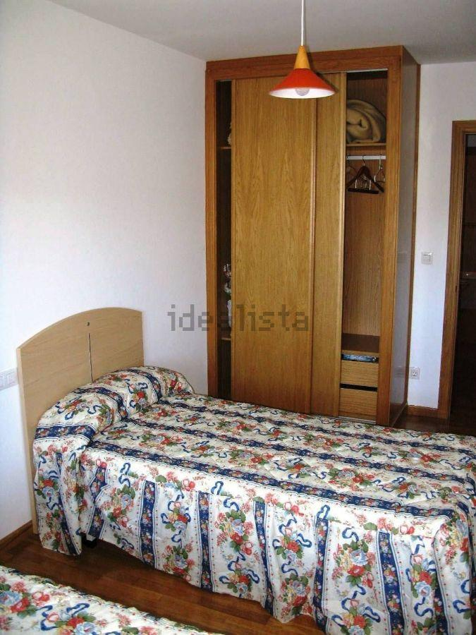 For rent of flat in Narón