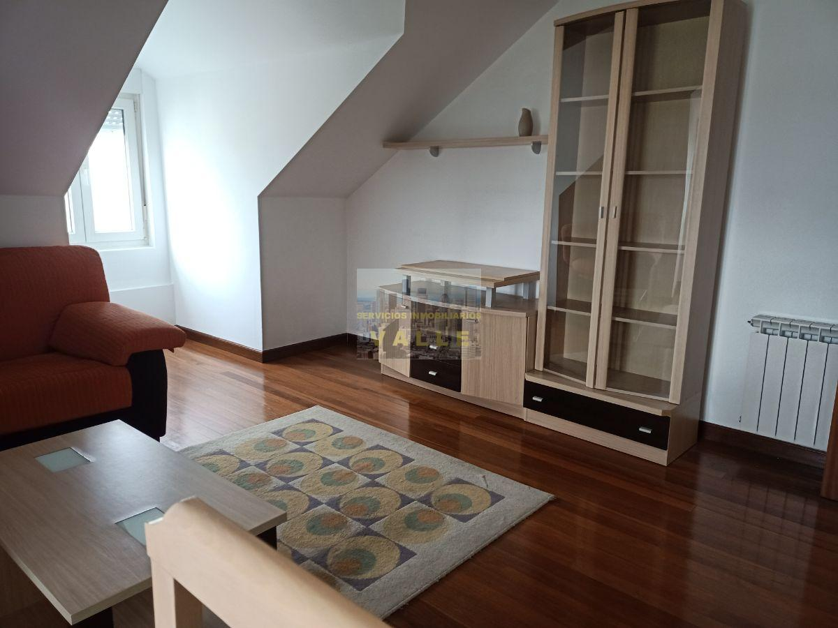 For rent of penthouse in Maliaño
