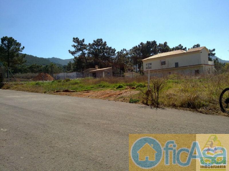 For sale of land in La Pobla Tornesa