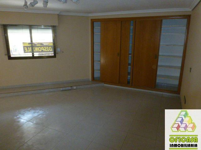 For rent of commercial in Castellón