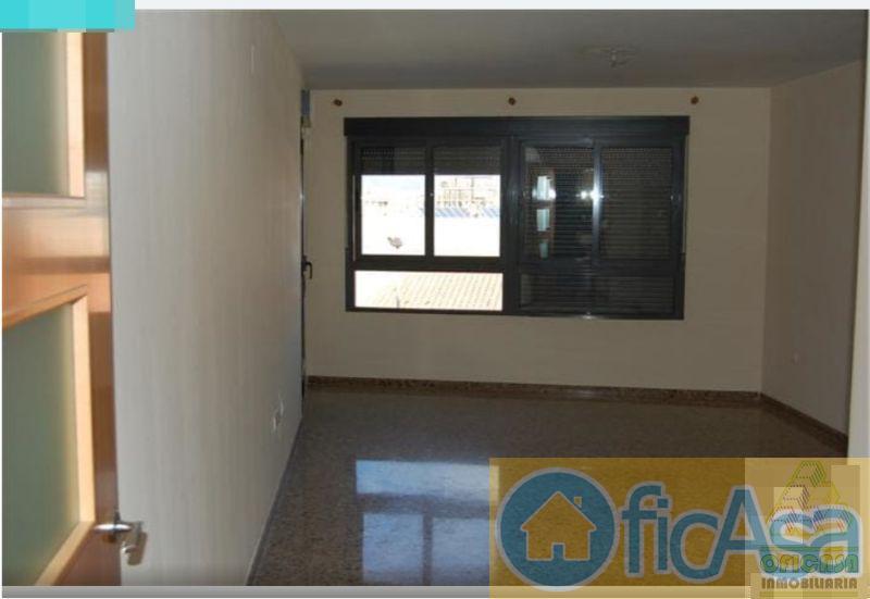 For sale of flat in Almazora