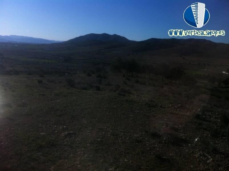 Venta de terreno en Caudete