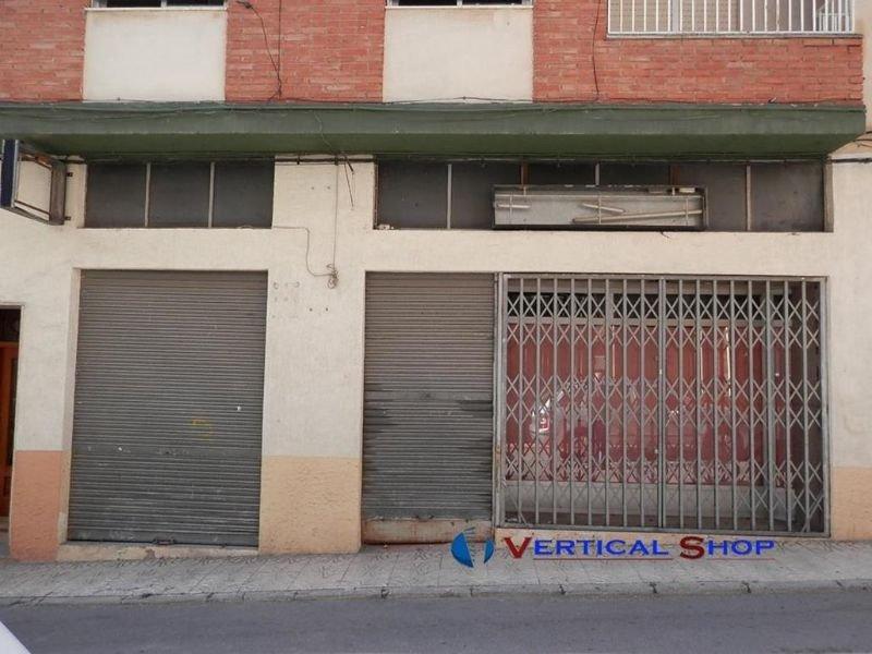 Venta de local comercial en Caudete