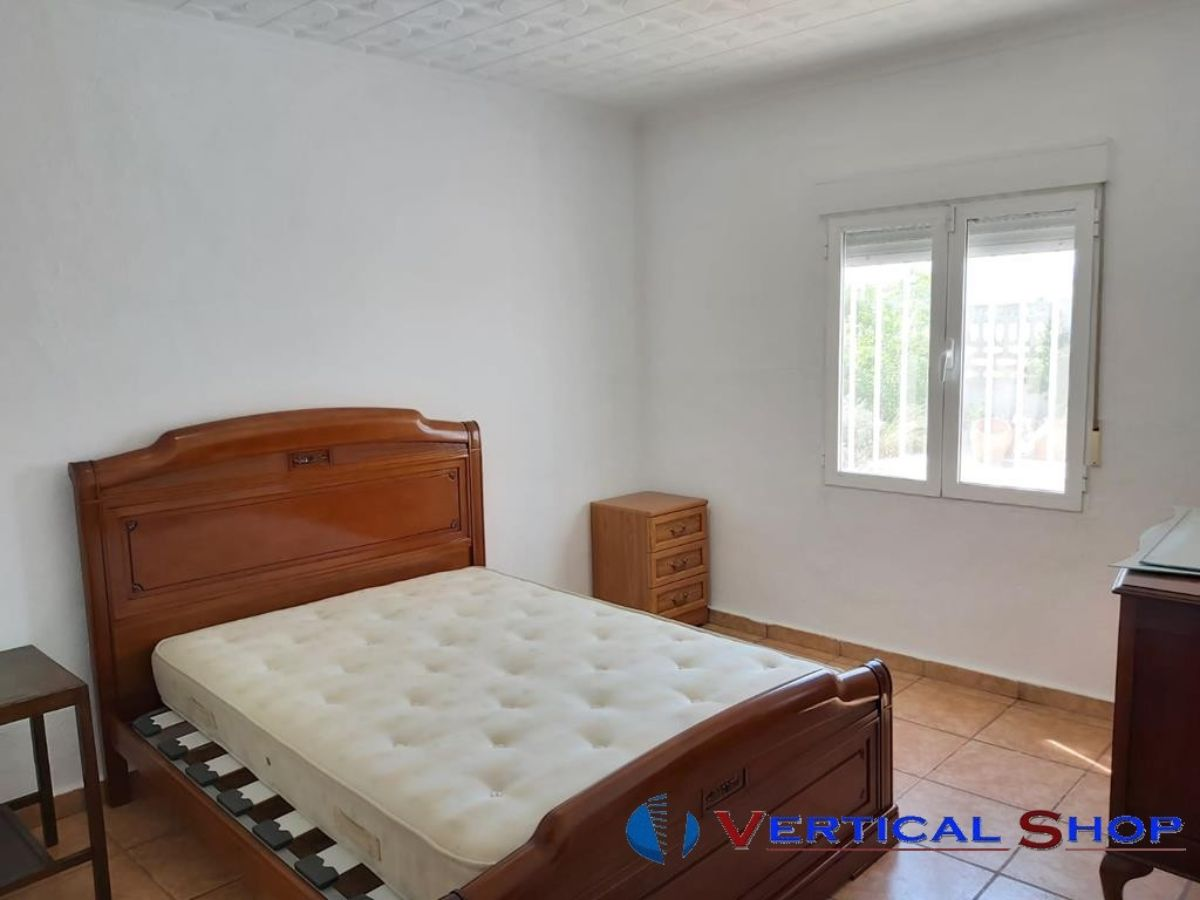 For sale of chalet in Caudete