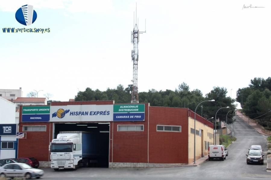 Venta de nave industrial en Caudete