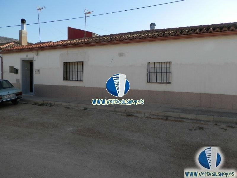 For sale of house in Villena