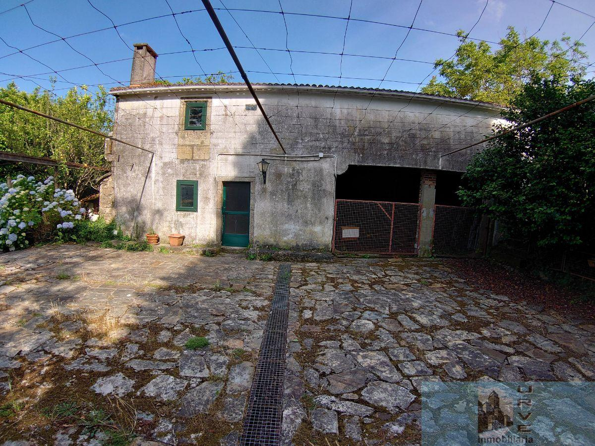 For sale of house in Teo