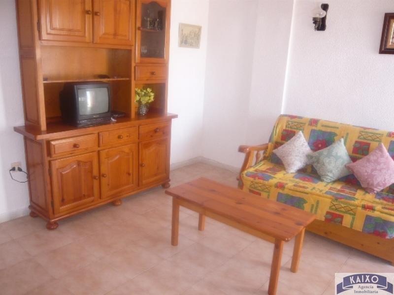For rent of ground floor in Torrevieja