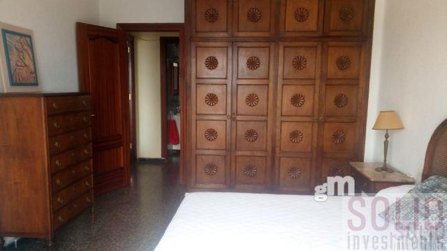 For sale of flat in Valencia