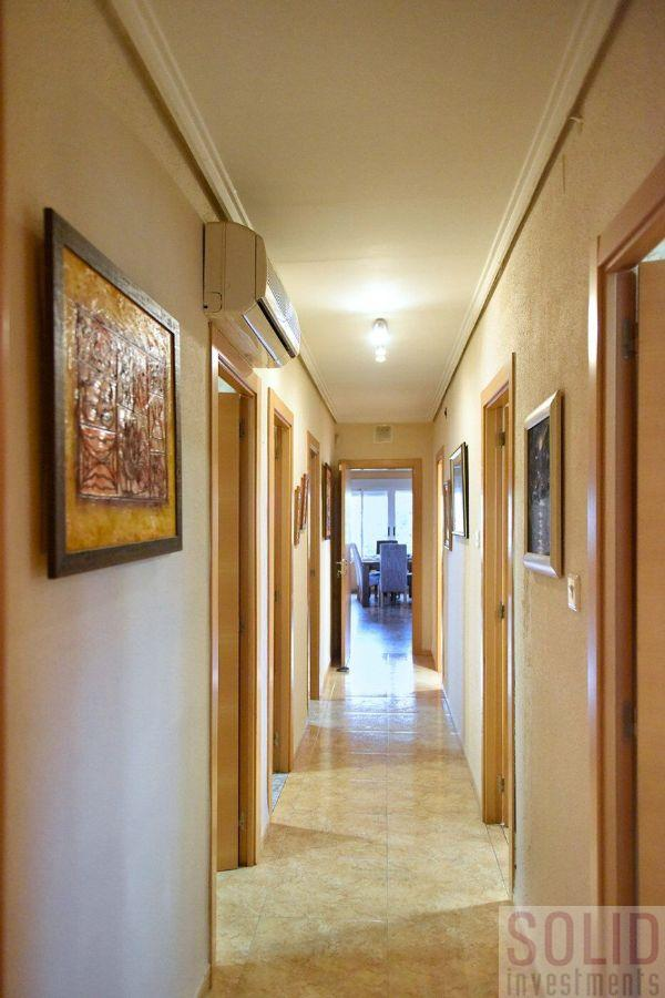 For sale of house in Torrent