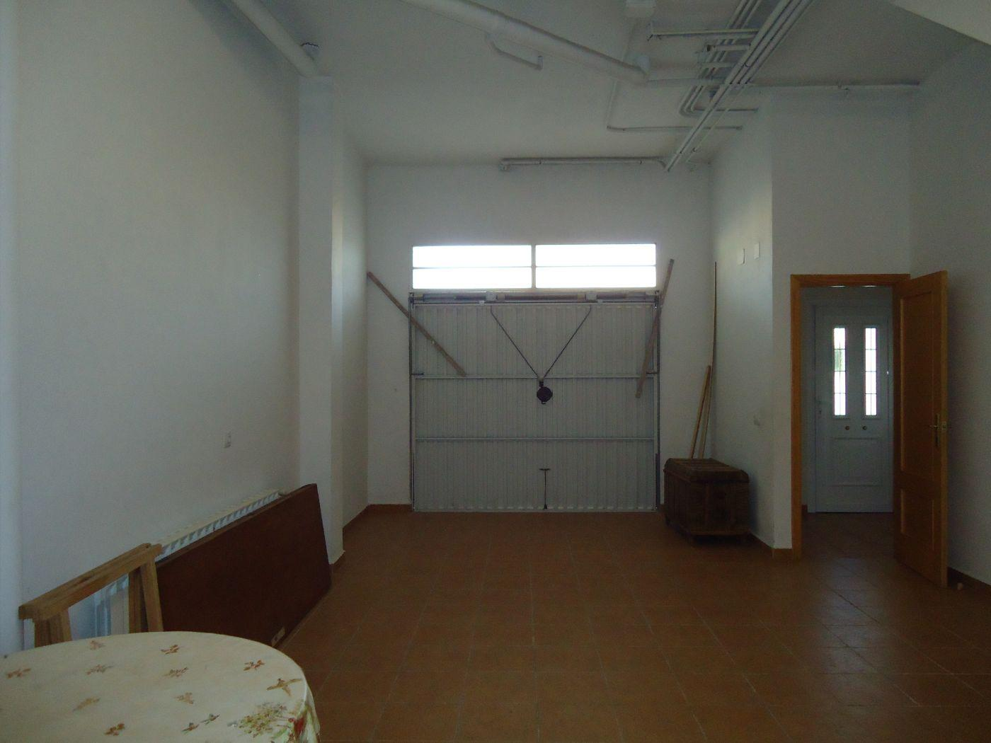 For sale of house in Macastre