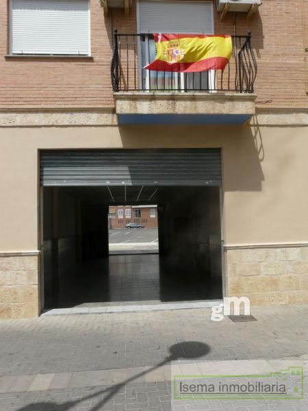 For rent of commercial in Cheste