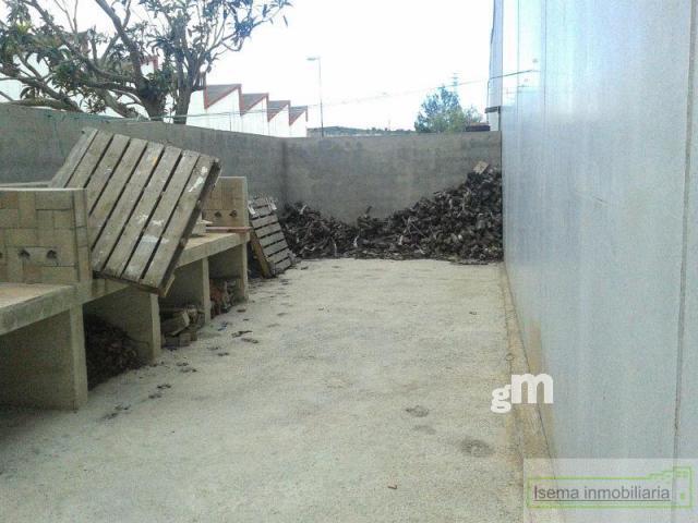 Venta de nave industrial en Chiva
