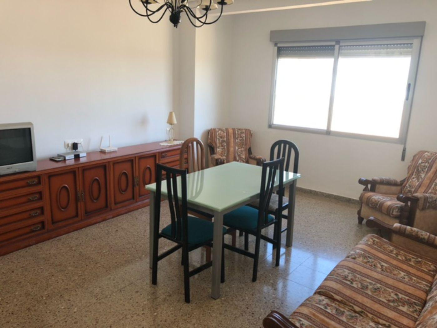 For rent of flat in Cheste