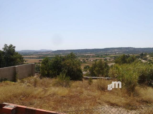 For sale of land in Chiva