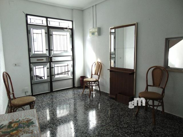 For sale of ground floor in Buñol