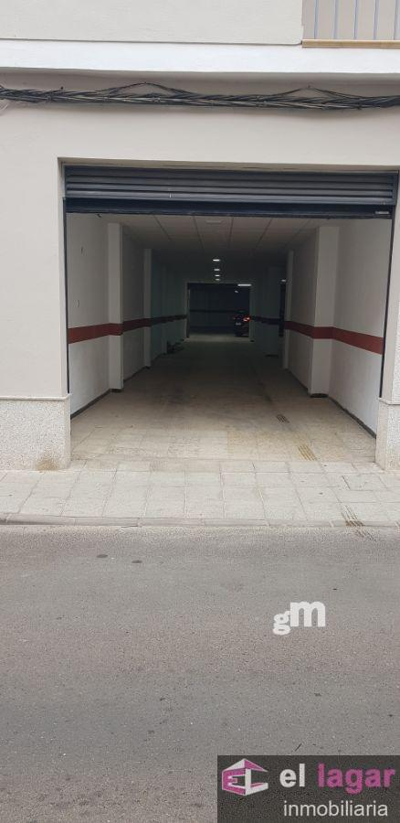 For rent of industrial plant/warehouse in Montijo