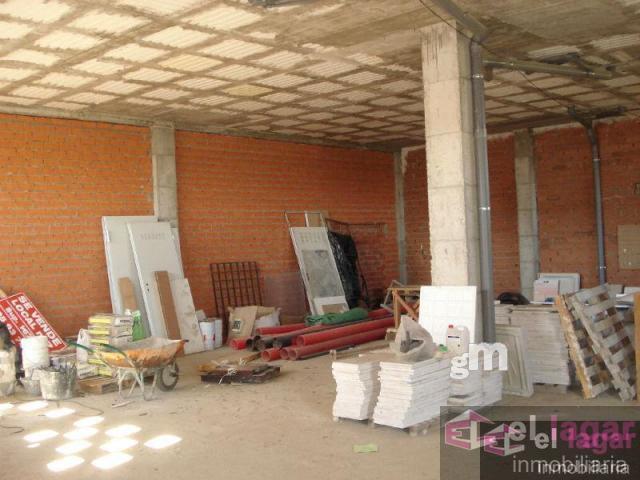 Venta de local comercial en Montijo