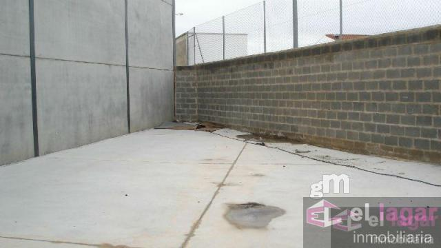 For rent of industrial plant/warehouse in Lobón
