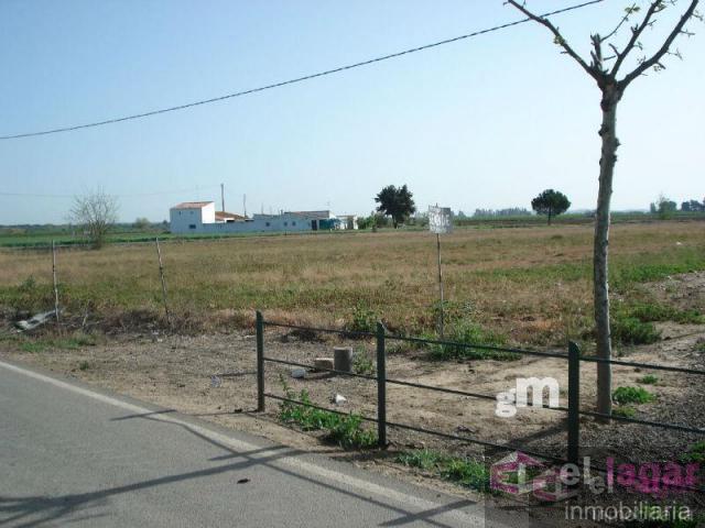 For sale of land in Torremayor