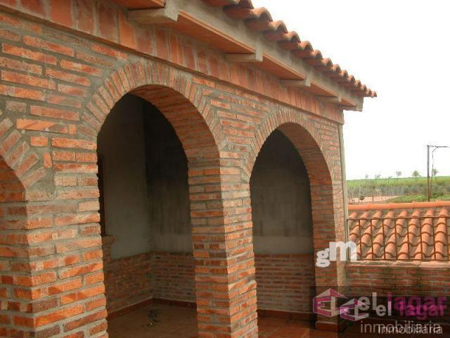 For sale of house in Lacara