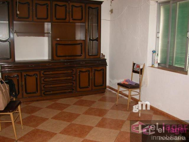 For sale of house in Barbaño