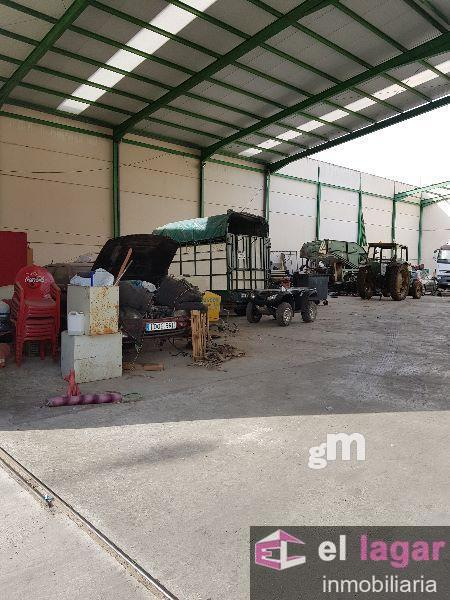 For sale of industrial plant/warehouse in Montijo