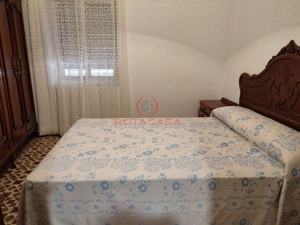 For sale of ground floor in Rota