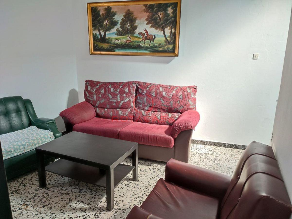 For sale of duplex in Rota